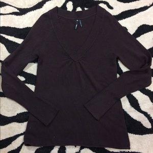 Cute brown vneck sweater! Juniors Size L
